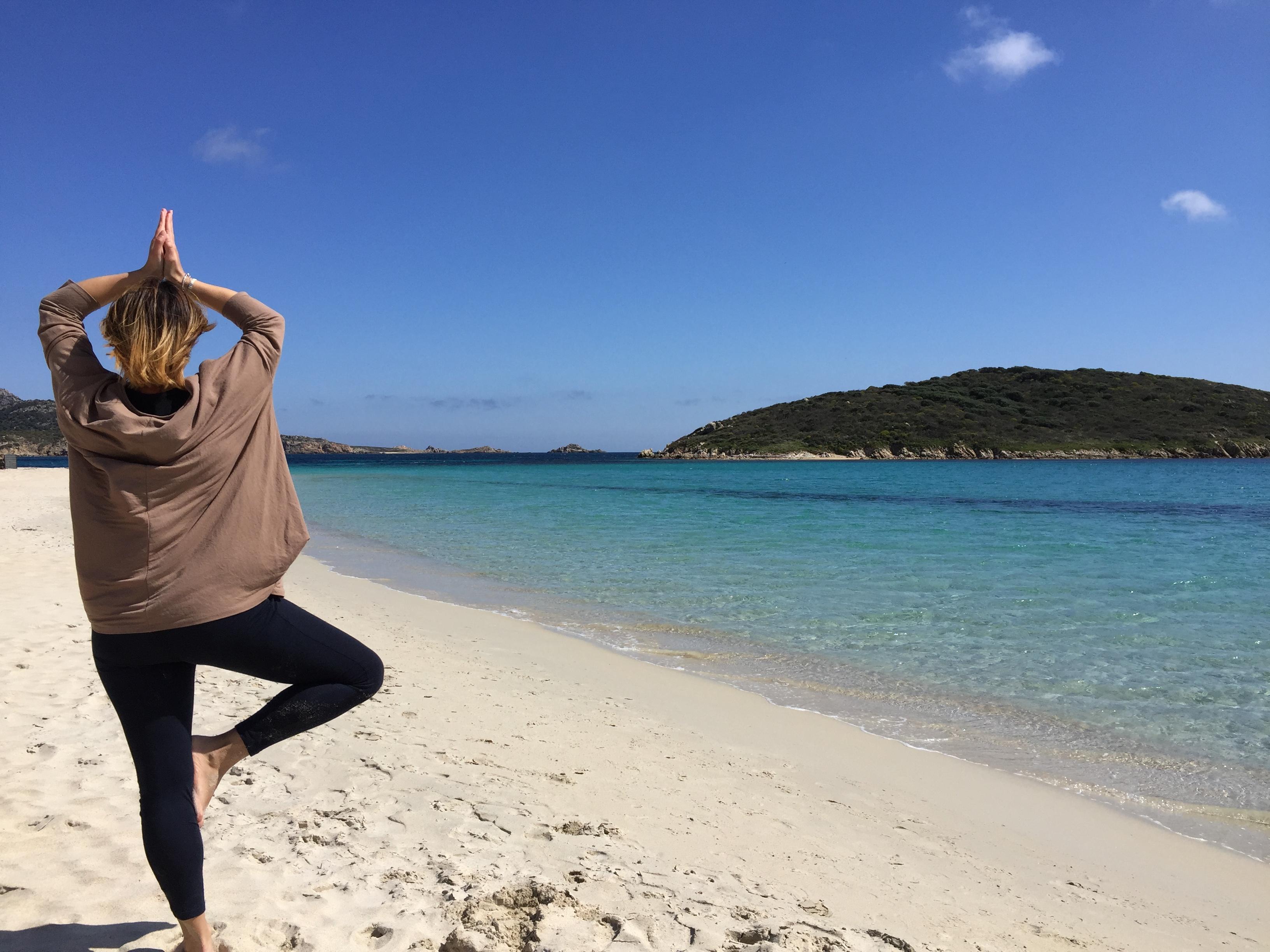 yoga posizione dell'albero